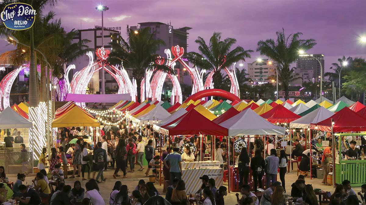 vui chơi ở đà nẵng về đêm chợ đêm
