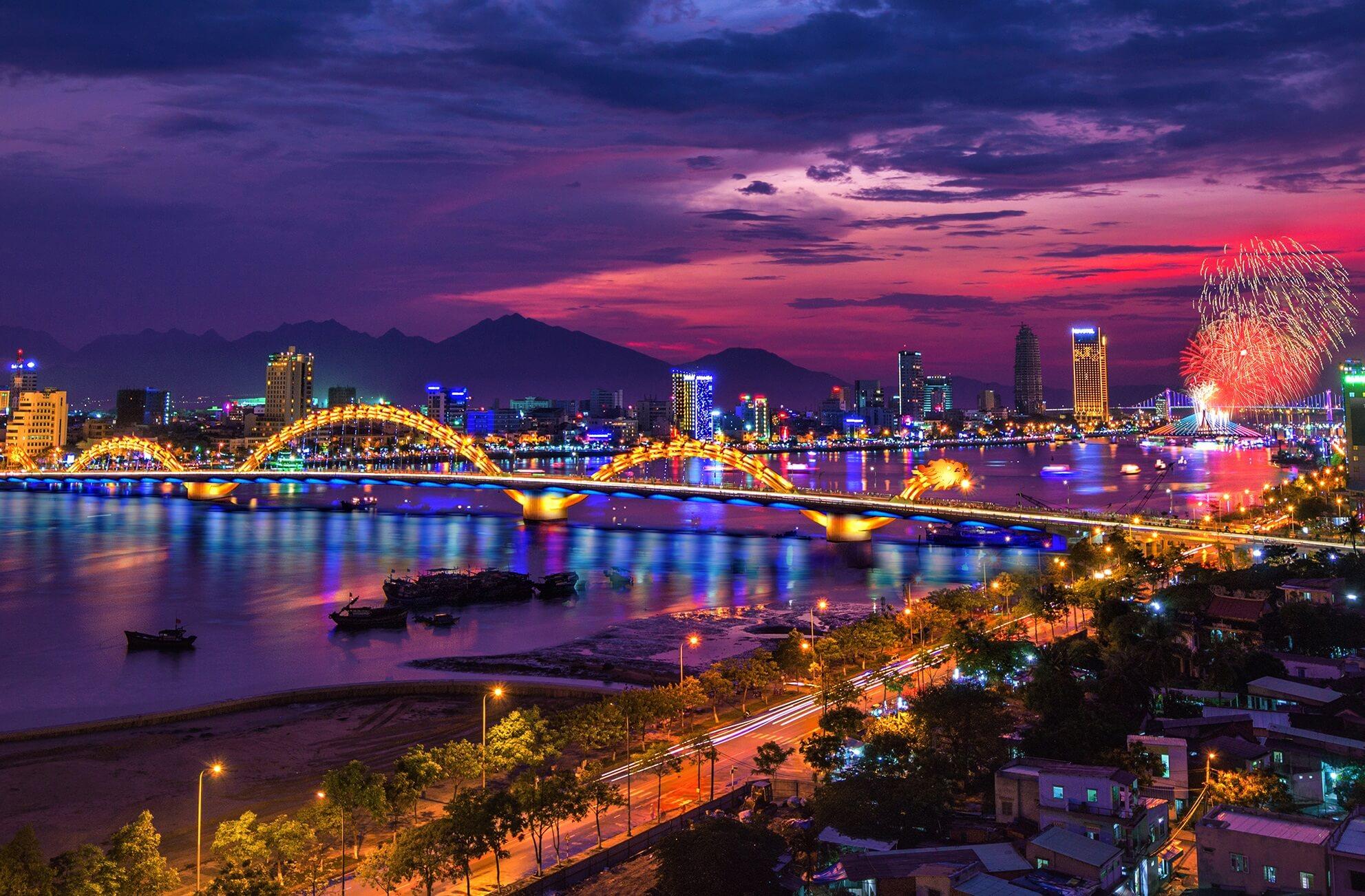 10 Địa điểm vui chơi ở Đà Nẵng về đêm BẠN NÊN BIẾT 2020